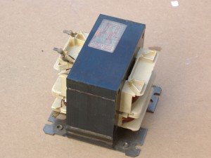Old style microwave oven transformer